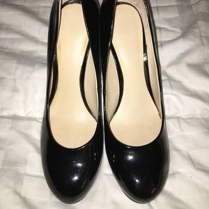 Nine West pumps/heels